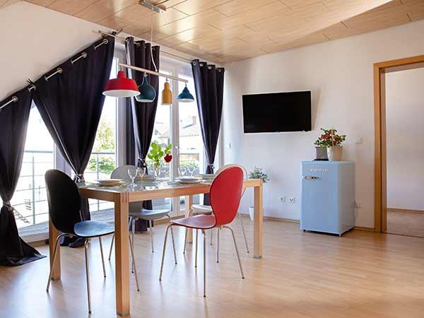 Apartment Bodensee Tisch Fenster