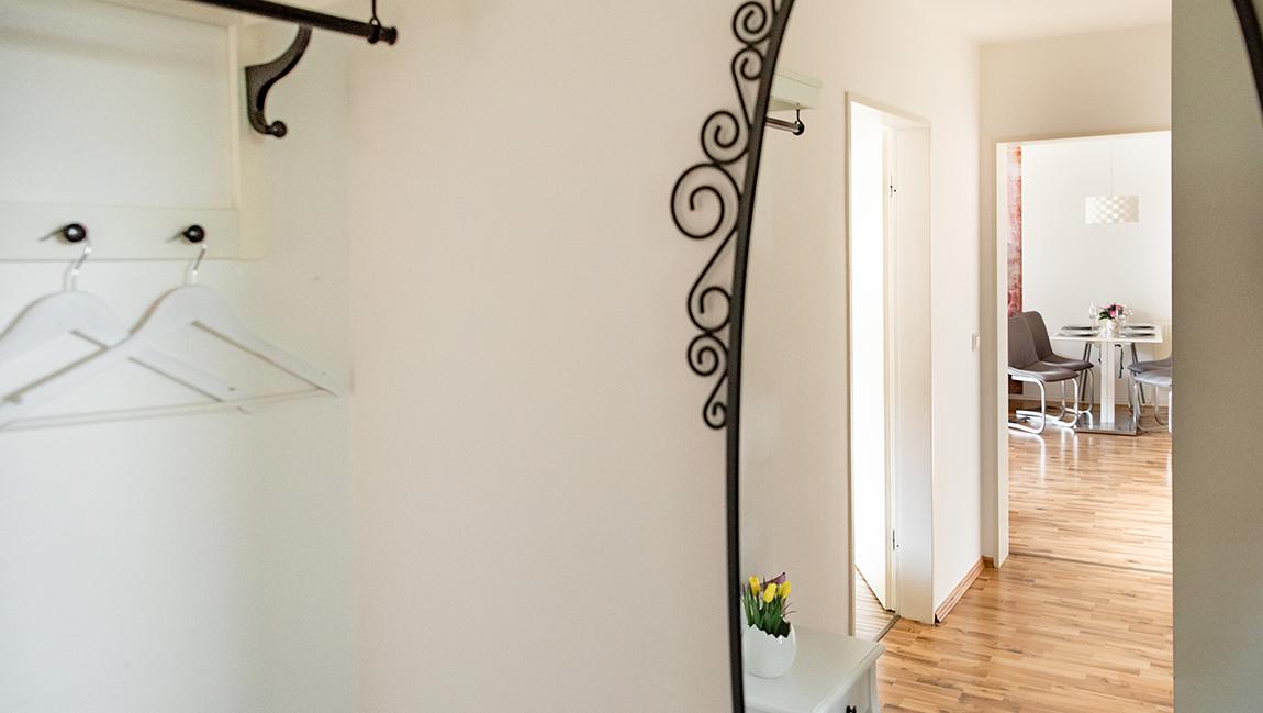 Apartment Singen A12 Garderobe Flur