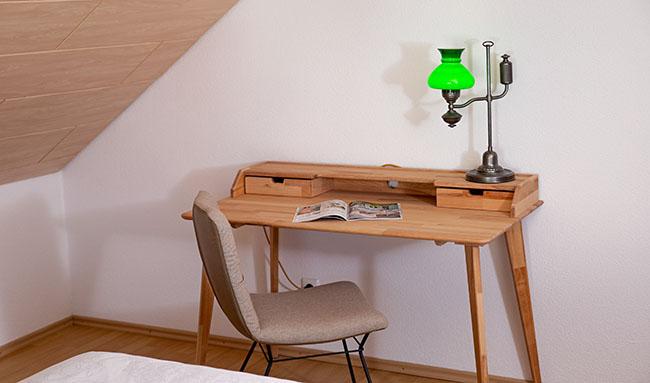 Apartment Gottmadingen A4 Schreibtisch